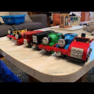 8 Metal Thomas Figures